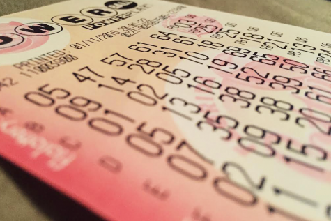 What are the odds of winning the $1.5 billion Powerball?