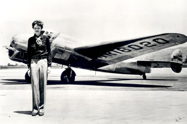 On+This+Day%3A+Amelia+Earhart%27s+trans-Atlantic+flights