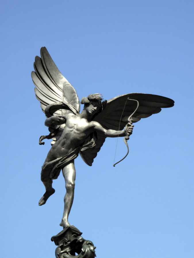 The+statue+of+Cupid+that+represents+Valentine%27s+day.